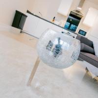 Modern Serviced Apartment - Dudley