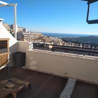 Atico en Hacienda Casares con vistas al mar