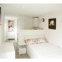 Bright and Airy Garden Studio