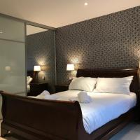 Luxurious 5 Star Belfast City Centre Apartment