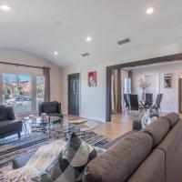 Luxurious Studio City Home