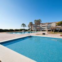 Luxury Beachfront Apartment, hotel in Gavà