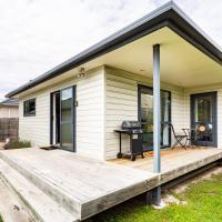 Comfy Villa - Christchurch Holiday Homes