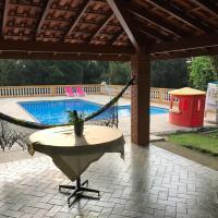 Linda Chácara com piscina para Lazer