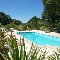 Villa • Pont Du Gard • 16 places • Piscine • Jardin XXL