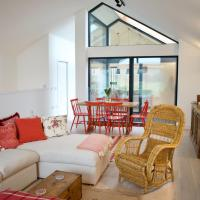 Elegant Eco Glass House