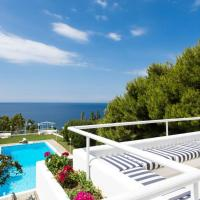 Beautiful, Private Villa by the Sea