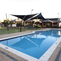 Great Location, Secure and Comfy Villa near Airports and CBD