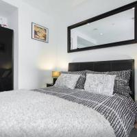 Spare bedroom in central London