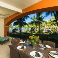 Beachfront 2BR, spacious balcony, Playa Royale 2204
