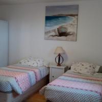 Suite privada con baño y terraza en la playa