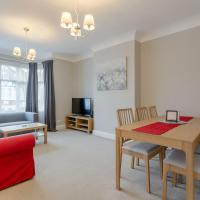 Lovely 2-bed flat near Shepherd's Bush!