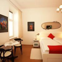 Freundliches Apartment mit Innenhof-Garten
