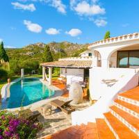 Liscia di Vacca Villa Sleeps 18 Pool Air Con WiFi