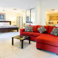 Luxury 1 bed Apartment, new King Bed & Bath