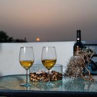 Castello Apartments, hotel in Panormos Rethymno
