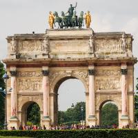 Pelicanstay at Arc de Triomphe