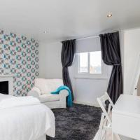 Modern King Size Bedroom