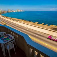 B&B with amazing views in Malecon street