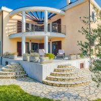 Villa Tiara