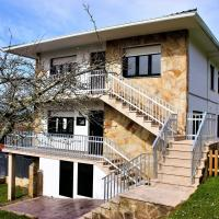 Attarctive Holiday Home in Porto Do Son Spain infront of Beach