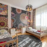 ARTilcious Two Bedroom Park View Apartment