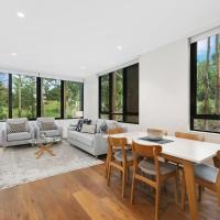 Stylish lux home with hotel grade cleanliness, hotel in Pymble