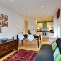 Bright and Modern flat in East London