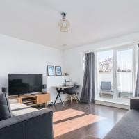 1 Bedroom in Islington with Balcony by GuestReady