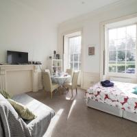 Lovely Studio Flat Berkeley Square Bristol Centre