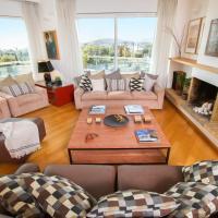 Athens luxurious apartment - sea view!