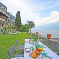 Villa Cappelletta, entire villa directly lake front with private dock sleeps 12