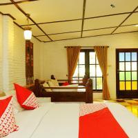 OYO 604 Cemara's Residence