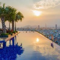 Queen's Finger Hotel Da Nang