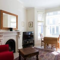 Light and Comfortable 1 Bed Apartment in Fulham