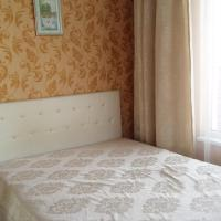 Apartment on ulitsa Roz 115 / 1