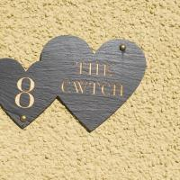 The Cwtch, Sleeps 5, pets welcome