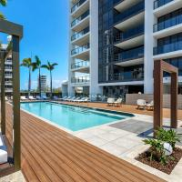 Qube Broadbeach, hotel in Broadbeach, Gold Coast