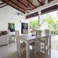 Luxury Villa Birds