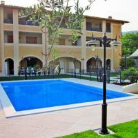 Saló ruhiges Apartment MONICA für max. 6 Personen mit Pool