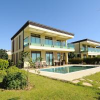Gold City Private Pool Villa with Free Aqua Park