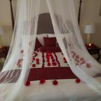 Luxury Holiday Suites (Sea view)