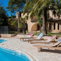 Sophia Antipolis Villa Sleeps 8 Pool Air Con WiFi