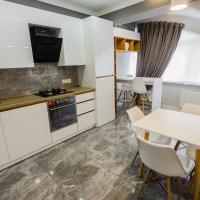 Modern and comfortable apartment with a prime location.