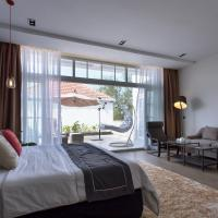 White Boutique Hotel and Residences, hotel in Sihanoukville