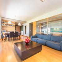 Two-Bedroom Apartment with Sea View-Glyfada