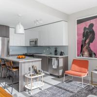 Tranquil 2BR +Lounge in City Center