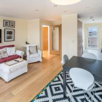 Spacious 3bed 2bath in Battersea w/ Balcony