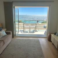 Cottesloe Beachfront Ocean View Apartment