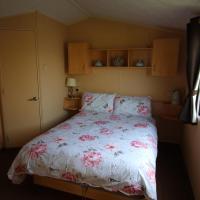 Spacious open plan Willerby Rio 2-bedroom caravan